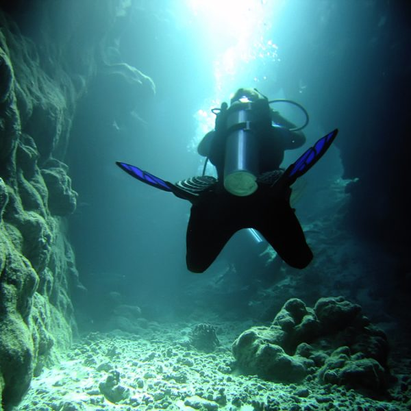 bigstock_diver_in_the_cave_1757205